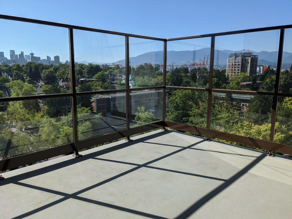 Senior Home Amenities: Sun Deck